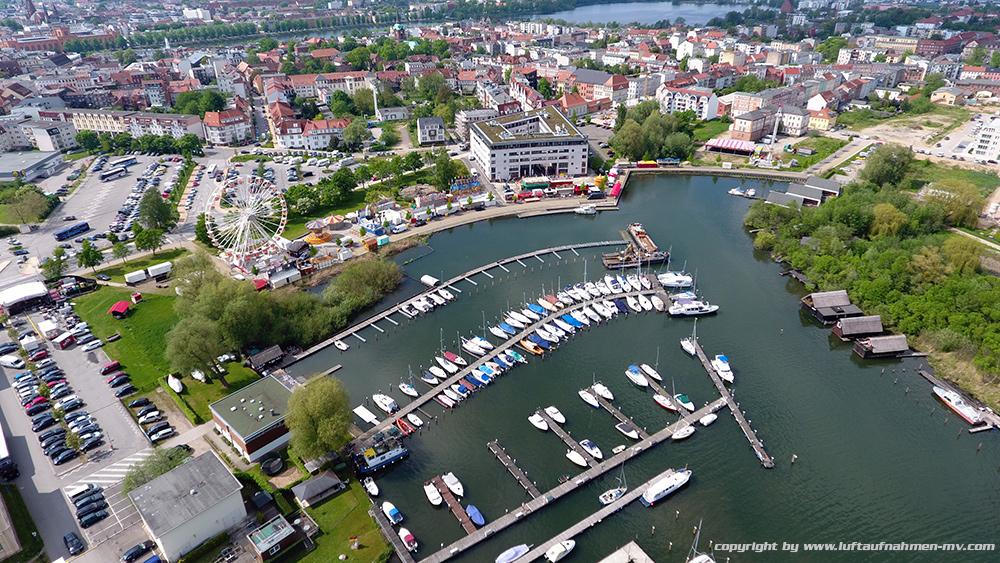 Schweriner_Yachthafen