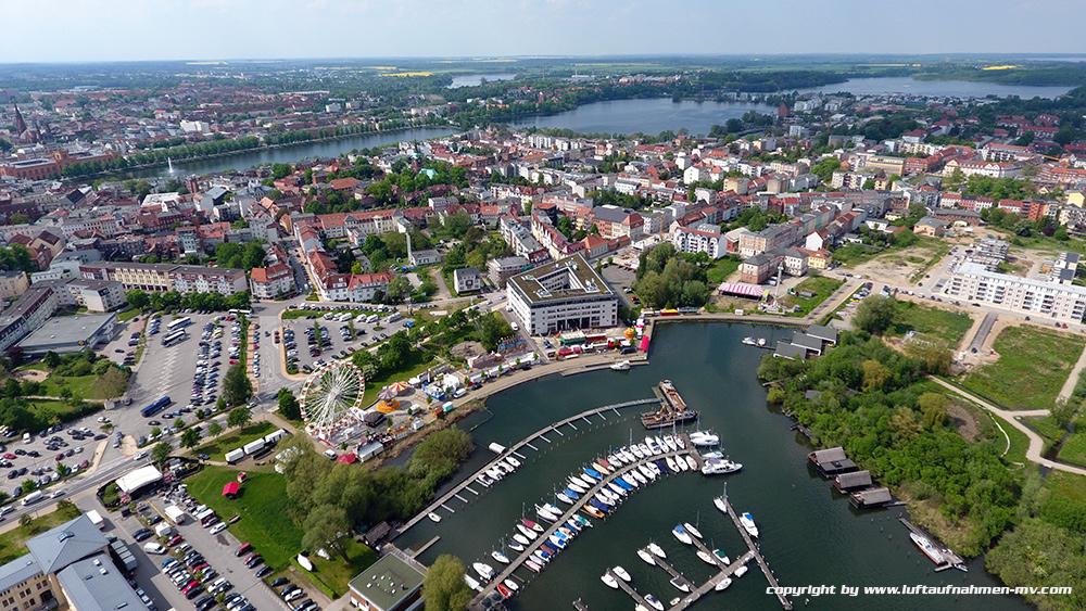 Schweriner_Yachthafen_2