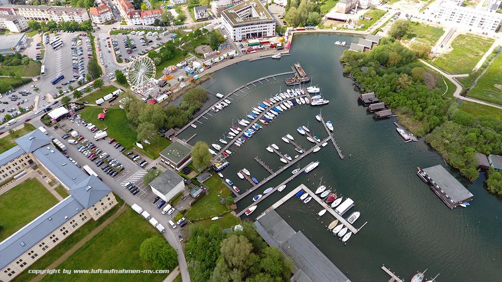 Schweriner_Yachthafen_3